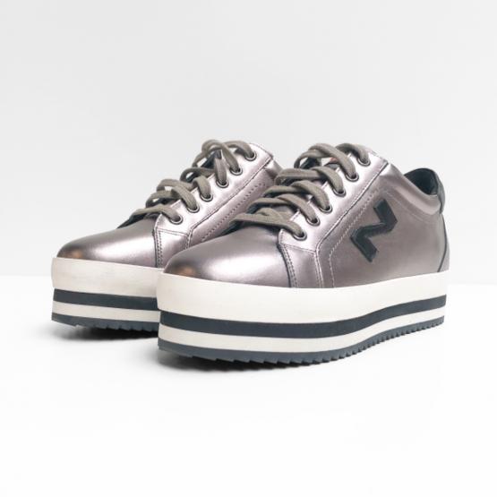 N sport sneakers