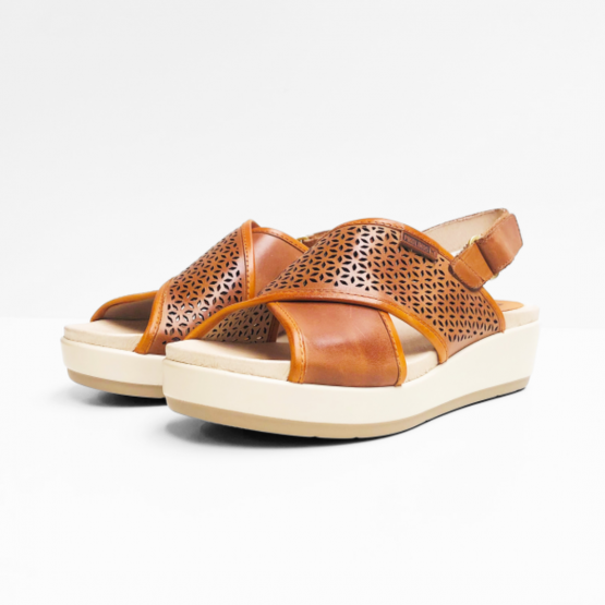 Pikolinos Cognac bruin sandalen