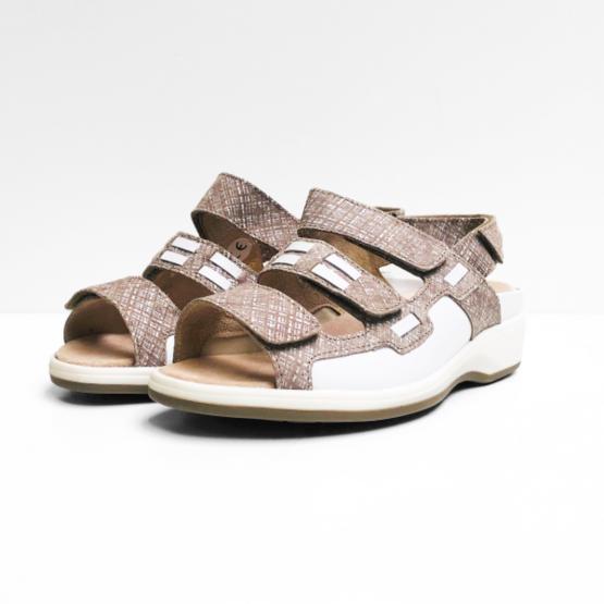 Xsensible sandalen zandkleurig
